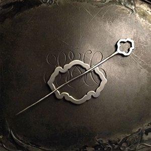 LP60 Alhambra Lace Pin