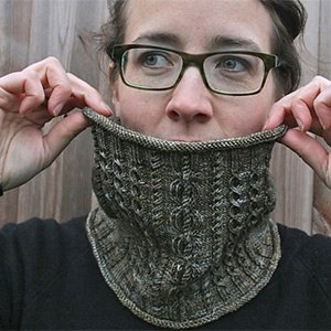 Fyberspates Ironbridge Cowl by Louise Zass-Bangham